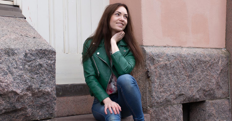 Vierailijahaastateltavana toimittaja ja sisällöntuottaja Taru Tammikallio